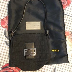 Fendi Borsa Mini Mamma Bag